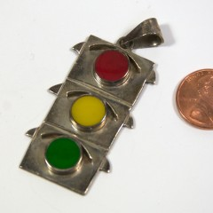 Traffic light necklace charm marked 925 Mexico