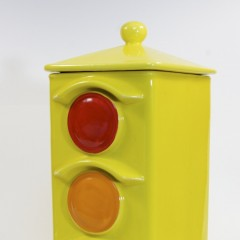 McCoy Traffic Light Cookie Jar #0351 1P73 from 1978
