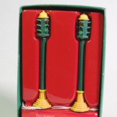 Department 56 Snow Village traffic light set #5500-0
