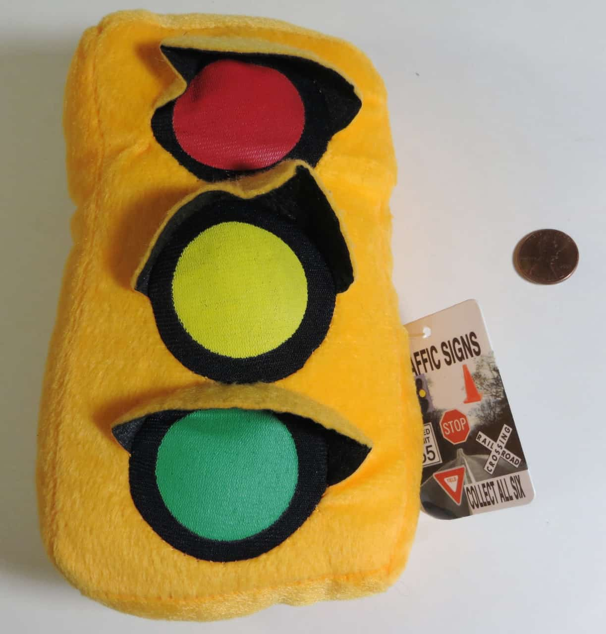 Stop Light For Garage Wall: Traffic Light Decorations For The Garage, Kitchen, Or