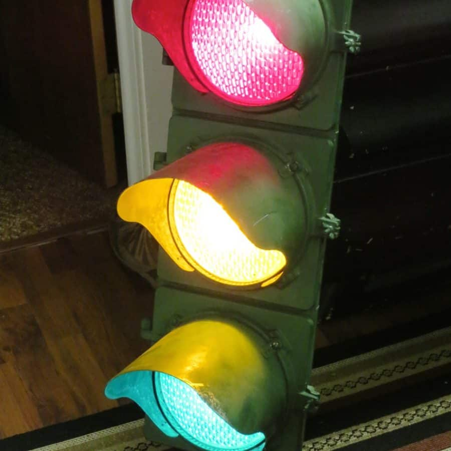 Real Traffic Signals, both modern and vintage, in my collection. for Real Traffic Lights  157uhy