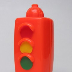 Pop-Onz orange traffic light